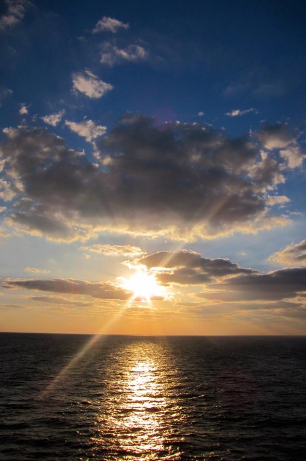 sunshine-1341921-639x960